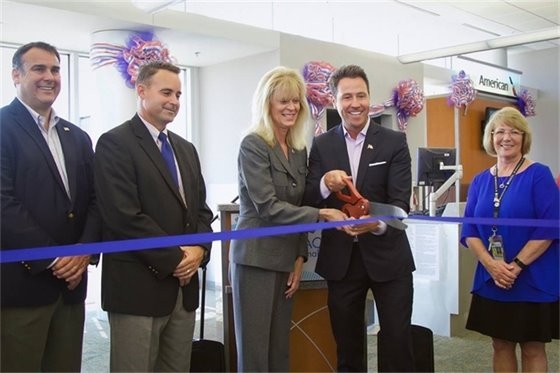 Ribbon Cutting with American Airlines for New Flight to D.C.