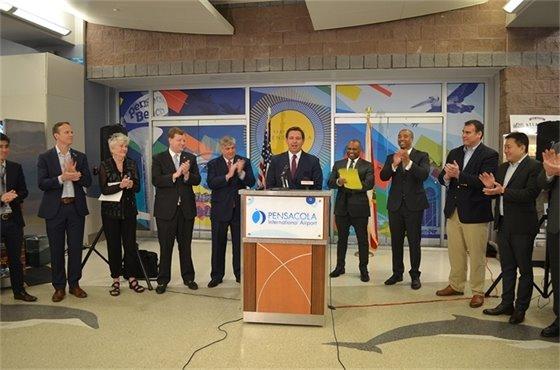 Gov. DeSantis speaks to crowd at Pensacola International Airport