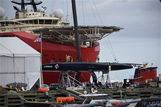 picture of the Big Red Boat