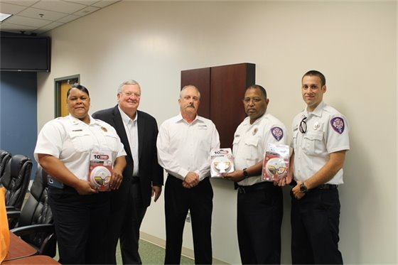 firefighters accept donation