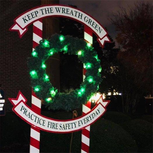 Keep the wreath green wreath