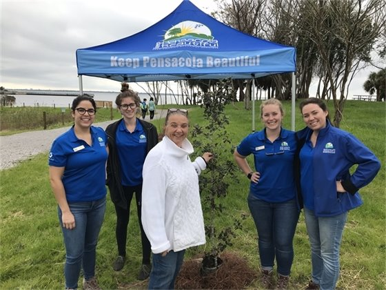 Councilwoman Ann Hill and volunteers with Keep Pensacola Beautiful with the newly planted tree