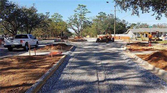 Langley Avenue roundabout construction