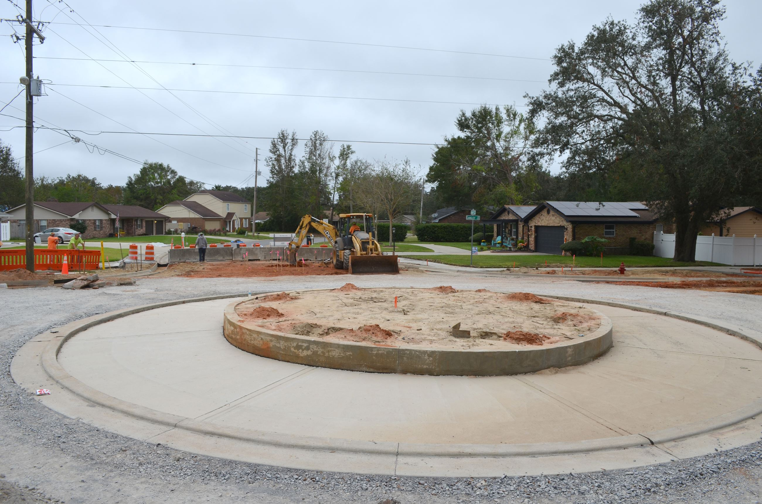 Langley Avenue roundabout construction